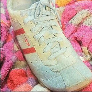 Shoes - Sketchers